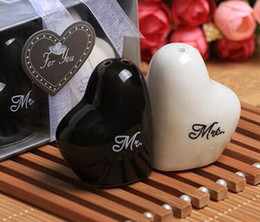 "Wholesale Wholesale Heart Salt Shakers - 2016 new Fashion Hot Heart shaped ""Mr.&Ms."" salt and pepper shaker wedding gifts for guest 2pcs=1set"