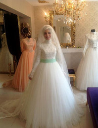 Wholesale Hijab Wedding Dresses Plus Size - 2015 New White A-Line Tulle Lace Hijab Muslim Wedding Dresses Applique Beads Long Sleeve High Neck Court Train Islamic Arab Bridal Gowns hot