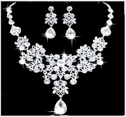 Wholesale Cheap Peacock Wedding Jewelry - New Wedding Jewelry Sets Shiny Rhinestone Teardrop Bridal Jewelery Accessories Crystals Necklace and Earrings for Prom Party Cheap 4colors