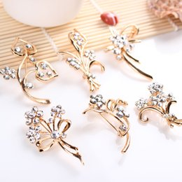 Wholesale Wholesale Costume Jewelry Pins - 5 models crystal flower brooches pins luxury plant wheat rose corsage for men women banquet party Christmas costume jewelry gift 170294
