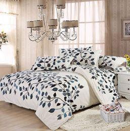 2019 edredão de chocolate Amor flores padrão de cama conjuntos de luxo, incluem capa de edredon lençol fronha, rainha do rei em tamanho grande, frete grátis