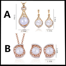 Wholesale Gold Pendant Sets Price - Best Price Luxury Jewelry Sets 18K gold plated shell pearl+Austrian crystal pendant necklace & drop earrings stud for women