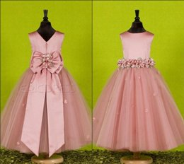 Wholesale Organza Christening Gowns - Beautiful Handmade Flower Jewel Flower Girl Dresses for Weddings With Exquisite Sash Flowergirl Little Girl Pageant Dress Birthday Gowns Bow