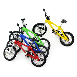 Wholesale Diecast Bicycles - Cute 4Color Baby Finger Bicycle Toys Small Bike Alloy Plastic Model Miniature Diecast Bicycle Craft Desktop Display Home Decoration Kid Toy
