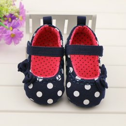 Wholesale Hand Painted Shoes Wholesale - Wholesale-Retail 1Pair Sweet Princess Baby Shoes 2015 Hand-Painted Printing Girls Baby Toddler Shoes 2-Color Infants First Walkers 1004