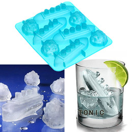 Wholesale Ice Mold Titanic - Titanic ice tray FDA silicone ice cube tray mold for beer wine drinks Ship wreck creative chocolate mold