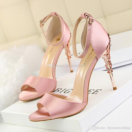 Wholesale Women Satin Sandals - women fashion satin wedding shoes peep toe high heel bridal sandals bridesmaid shoes prom party dinner evening shoes