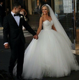 Wholesale Cheap Corset Back Wedding Dresses - Custom Made 2015 Ball Gown Wedding Dresses Sweetheart Corset Bridal Princess Gowns Beaded Bodice Fluffy Garden Cheap Wedding Dresses