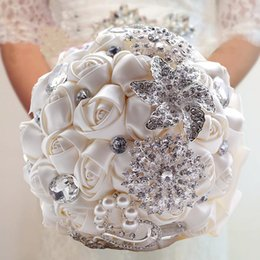 Wholesale Brooch Bouquet Supplies - 2016 Hot Sale Wedding Bridal Bouquets with Handmade Flowers Peals Crystal Rhinestone Rose Wedding Supplies Bride Holding Brooch Bouquet