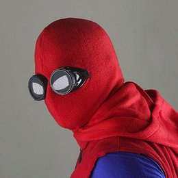 2017 Supereroe Spiderman Maschera Movie Cosplay Accessori Halloween Spider-Man  Maschera Homecoming Cosplay Spider Man cappello rosso maschera 61c5fbcf8eb7