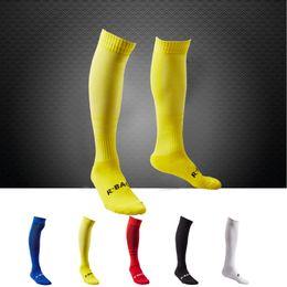 Wholesale Golf Code - Fashionable outdoor socks + adult men's long towel soccer socks + sweat   breathable   wear socks (white, red, black, blue, yellow)All code