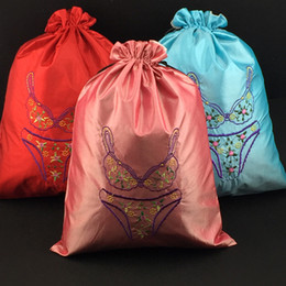 Wholesale silk bra lingerie - Women Silk Fine Embroidered Travel Bag for Underwear Bra Storage Bag High Quality Drawstring Lingerie Packaging Pouch Wholesale 30pcs lot