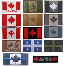 Adesivi bandiera esterna Distintivi ricamati Bracciale Adesivi Foglie d'acero Patch Tactical Canada Bandiera Paese Patch NO14-012 da autoadesivo foglia d'acero fornitori