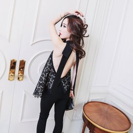 Wholesale Crochet Unique Fashion - In the spring of the new unique backless sleeveless design Big red lace crochet tops trend