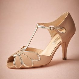 Wholesale Women Sandals 11 - 2018 Real Vintage Blush Wedding Shoes For Women Pumps T-Straps Buckle Closure Leather Party Dance High Heels Women Sandals Short Wedding
