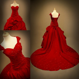 Corset victoriano sexy plus online-Imagen Real Red Ball Gown Vestidos de novia góticos 2018 Custom Make Plus Talla Sweethert Lace Beaded Lace Up Corset Vestidos de novia victorianos