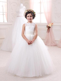 Wholesale Bridal Gowns For Kids - 2016 Cheap Ivory Bridal Flower Girls Dresses for Weddings Elegant Crew Neck Sleeveless Lace Tulle Kids Formal Wear
