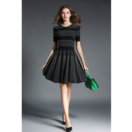Wholesale Ball Artistic - Vintage Style Artistic And Artistic Women's Wear Black And White Striped Dress Elegant Hollow Jacquard Design Simplicity And Repair