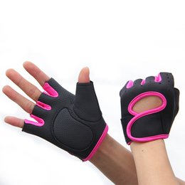 2019 оптовые аксессуары для фитнеса Wholesale-New 2015 Men & Women Sport Fitness Gloves GYM Exercise Half Finger Weight lifting Gloves Training Accessories M/L/XL скидка оптовые аксессуары для фитнеса