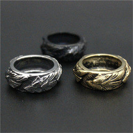 Wholesale 2pc Fashion - 2pc Newest Design 3 Colors Band Wolf Ring 316L Stainless Steel Fashion Man Boy Punk Style Cool Golden Wolf Ring