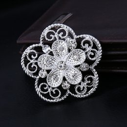 Wholesale Cheap Elegant Wholesale Brooches - Women Fashion Cheap Jewelry Elegant Delicate Rhinestone Silver Plated Flower Brooches Wedding bridal Bouquet Brooch Pins Decoration