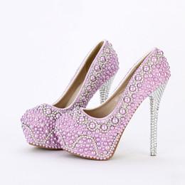 stilettos púrpura del rhinestone Rebajas 2019 Nueva moda hecha a mano púrpura perla zapatos de boda de lujo Rhinestone tacón de aguja nupcial vestido de noche fiesta de baile bombas