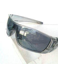 Wholesale Batwolf Sunglasses - Wholesale-New Style Men's Batwolf sunglasses gray frame gray lens Sport sunglass Goggle Sunglasses epacket delivery.