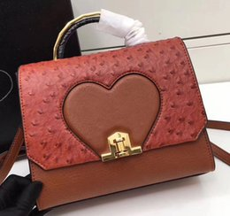Wholesale Mark Girls - P Original Quality Cowhide Leather with Ostrich Pattern Handbag, Gold Lock and Brand Logo Heart and Triangle Mark Shoulder Bag P202