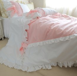Wholesale Queens Girls Bedding - luxury pure cotton 4pcs bedding kit princess duvet cover set pink and white ruffle color with bow girls romantic home bedding
