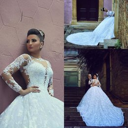 Vestidos de fiesta de arabia saudita online-Arabia Saudita manga larga princesa vestido de bola vestidos de novia Sheer Vestidos De Noiva Vinbtage vestidos de novia apliques de encaje más tamaño