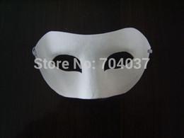 2019 meia máscara Atacado- (100 pçs / lote) Half-face Plain White Color Paper com Elastic Different Designs em branco Máscaras dos desenhos animados meia máscara barato