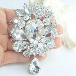 Wholesale Wholesale Silver Broach - High Quality Silver Alloy Big Waterdrop Crystals Weddinig Bridal Bouquet Fashion Broaches Pin Wholesale Elegant Party Jewelry Accessories