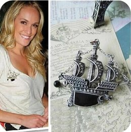 Wholesale Pirate Ship Pin - ashion Jewelry Brooches Vintage Brooches Pirates Of The Caribbean Ship For Personality Woman Broches Collar Accessoris Hijab Pins Relogio...