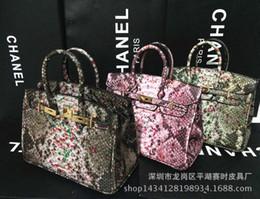 Wholesale Handbag Crocodile Skin - Wholesale-2015 leather bags crocodile snake skin women handbag fashion designer brand high quality shoulder bags ladies tote bag A9-123