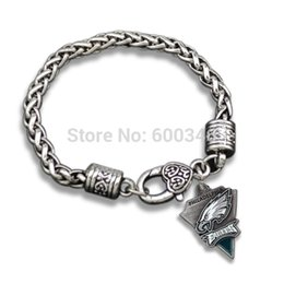 Wholesale China Charms Suppliers - China Supplier Sports Football Team Philadelphia Eagles Charm Bracelets For Men Silver Plated
