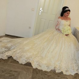 Wholesale Dropped Shoulder - Top Quality Lace Wedding Dresses Long Sleeve Bridal Gowns 2015 A-Line Off-Shoulder Appliques Plus Size Court Train Vintage Garden Customize