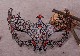 Wholesale Female Mask Halloween Wholesale - a45 Manufacturers of explosion-proof metal hollow with a diamond drill Princess half-face face with a female cos party fun iron mask wholesa