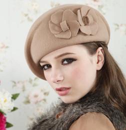 2019 boina feminina Atacado-outono inverno feltro trilby mulheres boina elegância britânica chapéu de lã flores tamanho ajustável tampas femininas homburg vintage chapéu cp103 boina feminina barato