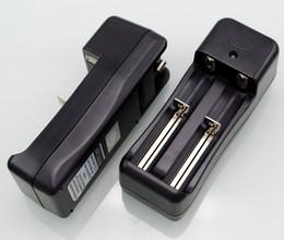Canada Nanfu Chargeur universel pour 18650 18350 26650 14500 chargeurs de batterie avec port de charge à 2 baies avec prise EU US Navire gratuit Offre