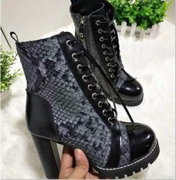 Wholesale Womens Genuine Leather Combat Boots - 2017 new Arrivals fall winter Fashion Womens black Genuine Leather gold buckle strap with lace up Combat flat biker Boots