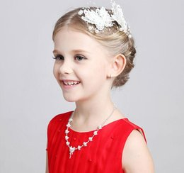 Wholesale Lace Butterfly Hair Accessories - 2Pcs Lot Butterfly Design Hairbows Lace With Pearls Hair Flowers Children Hair Accessories Wedding Kids Jewelry 2016 Hot Style
