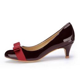 Zapatos Mujer Tacón bajo Zapatos de boda de cuero genuino Mujer Tacones de cuero de marca Bombas Chaussure Femme Zapatos Mujer desde fabricantes
