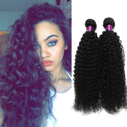 afro, das haareinschlagfaden trägt Rabatt Brasilianisches verworrenes gelocktes Jungfrau-Haar 3 Bündel 100g / pcs brasilianisches gelocktes Jungfrau-Haar Afro-verworrenes gelocktes Haar-natürliche schwarze Webart-Menschen-Schuß