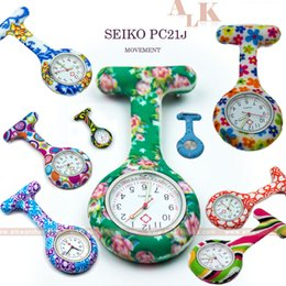 Wholesale Free Transfer Patterns - New pattern water transfer imprinted pulse FOB nurse brooch silicone watch for nurse PC21J movement nurse clip watch free shipping