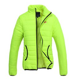 Wholesale The new female models thick winter warm cotton padded jacket women s sport coat jacket M XXL