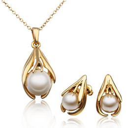 Wholesale Real Gold White Pearl Necklace - ROHS PASS Healthy Women Fashion Jewelry 18K Real Gold Plated Jewelry Sets For Women Top Quality Pearl Earrings Pendant Necklaces Set