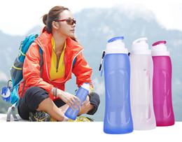 Canada En gros Pliable Silicone boisson Sport Bouteille D'eau Camping Voyage Bicyclette Bouteille Vélo bouteilles 500ml Offre