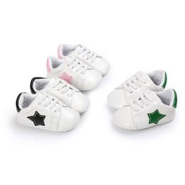 scarpe a punta per i ragazzi Sconti Baby sneaker primi camminatori simpatici bambini Five-Pointed Star patch suola morbida slip-on shoes ragazze prewalker per 0-2T