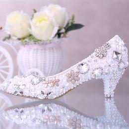 Wholesale Kitten Heel Beaded Wedding Shoes - Luxury Rhinestone Beaded Bridal Shoes Pearl Pure Color Pointed Toe Bridal Heels Walking Comfortable Kitten Heel Prom Shoe
