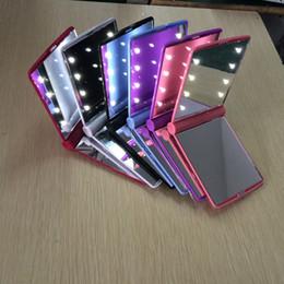 Canada 2017 Lady Maquillage Cosmétique 8 LED Miroir Pliant Portable Miroirs Compacts Pocket led Miroir Lumières Lampes couleur au hasard DHL Mélanger les Couleurs Offre